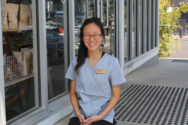 Dr Holly Kang